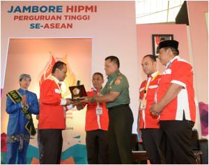 Panglima TNI Jenderal TNI Gatot Nurmantyo